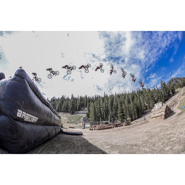 How about this view? @camzink locking in the backflip for the #MammothFlip coming 8/21. @MammothMountain @MonsterEnergy  Photo @petermorning