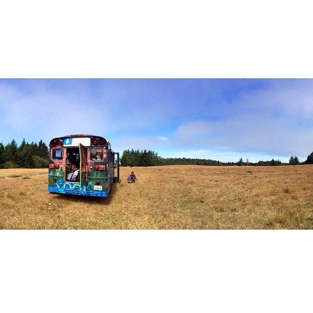 We out here, camping in coastal fields and shit... PC: @santa_gnarbara #calibertrucks #cleanwatertour