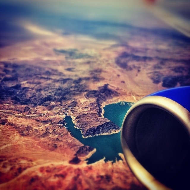 #HooverDam w/ @shawnakorgan  flying LAS to SAT | @apbspeakers | Visit: #ChoosePositivityNow.com