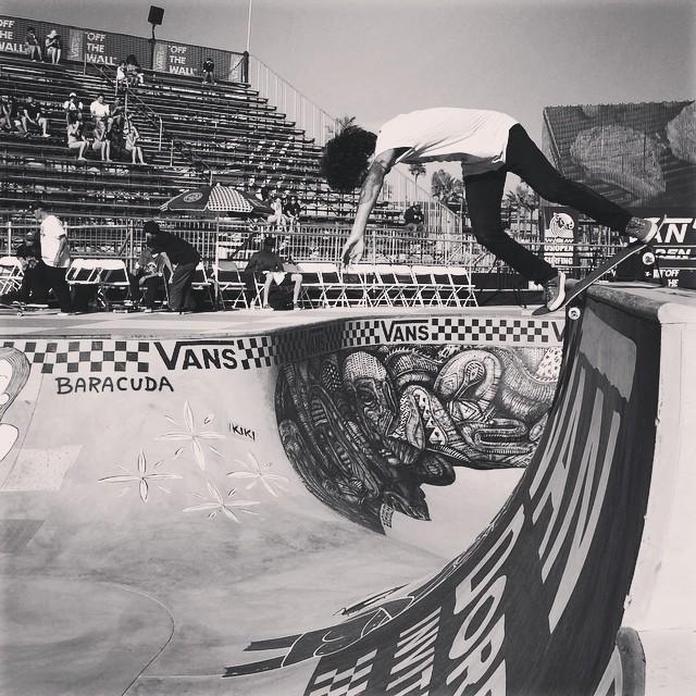 @dariomattarollo poniéndose a punto para mañana #vansusopen #vandoreninvitational #skateboarding