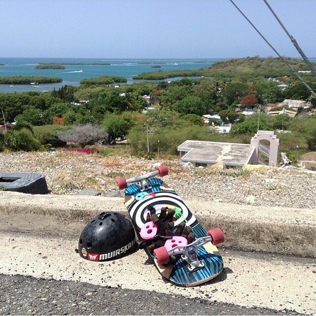 Greetings from Puerto Rico!!!! @albert_yadhiel sharin the sick view and the perfect weather, also, the super sexy #holesompucks ! Check www.holesom.com