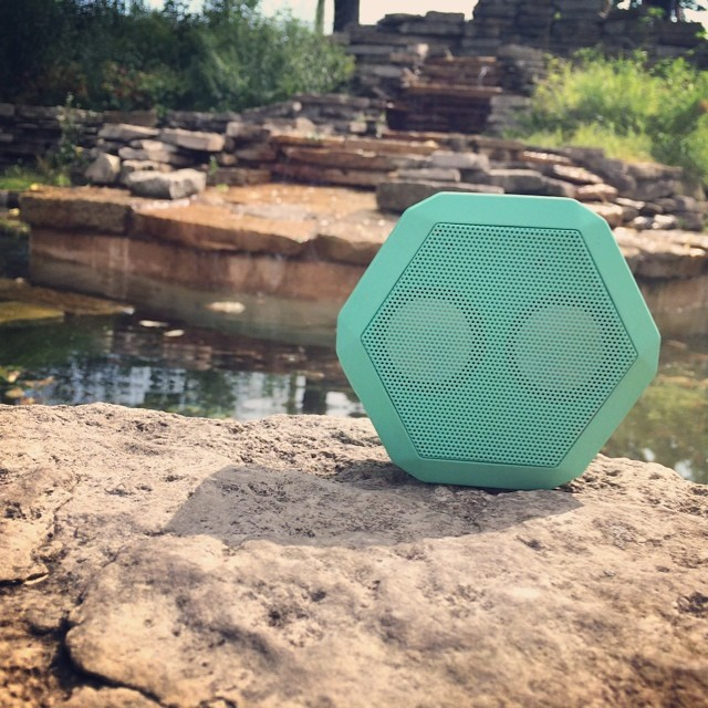 #goodmorning #chicago! #weouthere in @lincolnpark #boombotix #mint #springmint #speakerporn #windycity