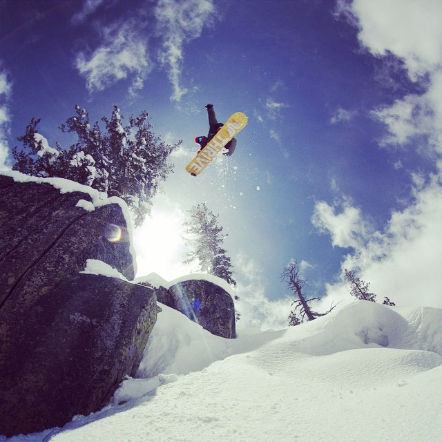 Dreaming of backcountry powder line... Rider: @moofosta Photo: @colintahoe #tahoe #snowboard #thrive #thrivesnowboards #powder #backcountry #bluebird