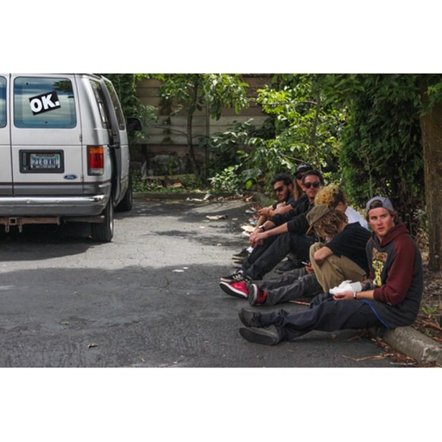 #vanlife with @matt_busedu @juicy__g__ @camocody @wyld_instinct @_swells_ @space_rok @helpthechildren100 #forridersbyriders  edit dropping tomorrow @twsnow