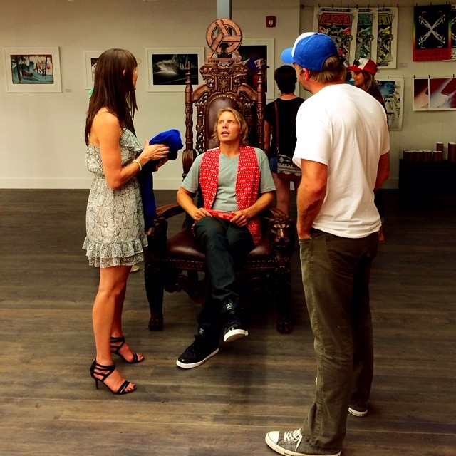 Throw back to that one night when Travis held court at the new gallery in Jackson. @travisrice #asymbol #BreakingGround
