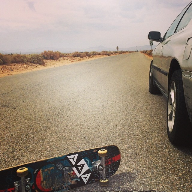 Skate breaks on a road trip are a necessity!! Let us know where you're traveling to this summer! #skate #everyday #goodpeople #greatsnowboards #roadtrip #middleofnowhere
