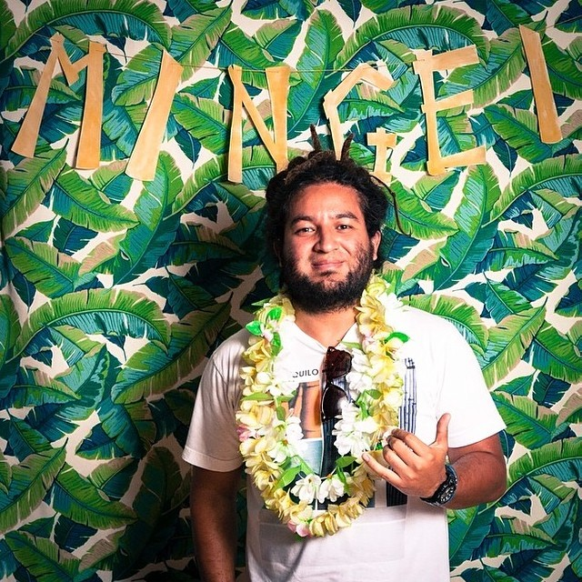Todo Tranquilo's founder and creative director @elfusersito hanging out at @mingeimuseum in support of the Surf Craft Exhibit. #mingeimuseum #surfcraft #todotranquilocompany #innovativecollective #surf #thearts #yerbamate #sandiego #summer