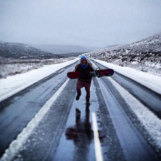 Y un día nevó lo suficiente... Jero desde San Martín de los Andes @cerro_chapelco @keepjero #snow #Volcom #W14
