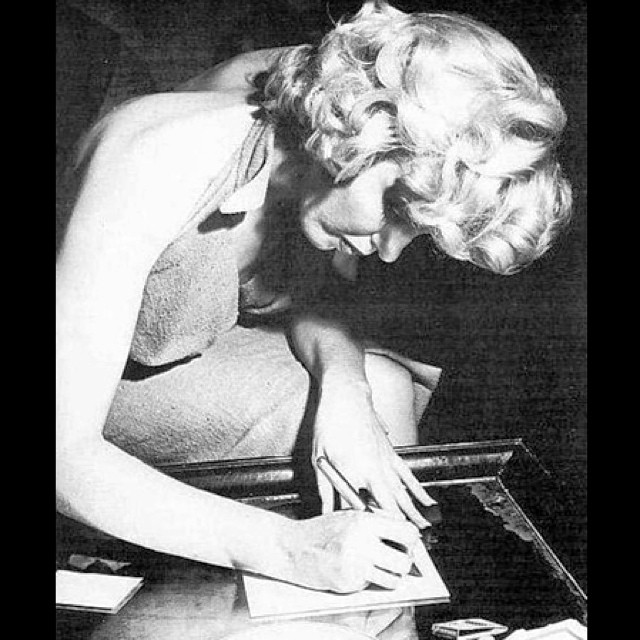 "Marilyn Monroe doing it longhand. ""Notebooks are the repositories of all that is burgeoning, mad, half conceived and hopeful"" // via @anothermagazine: bit.ly/1ldZrek"