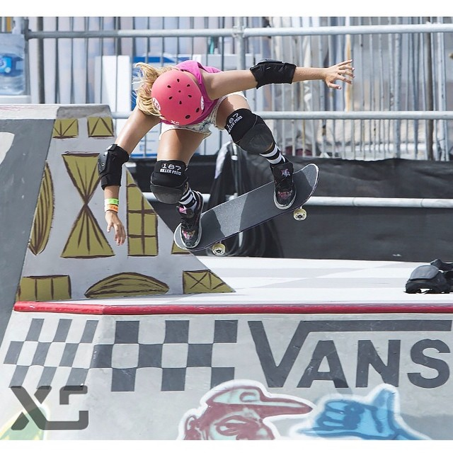 @jordynbarratt always rips! She will be competing at Tim Brauch this weekend. Good Luck Jordyn! #jordynbarratt #xshelmets #xsteam #skate #vanswbowl