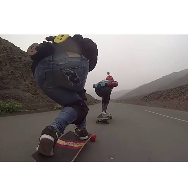 Go to www.longboardgirlscrew.com and check LGC #Peru rider @giorgidh with LGC #Argentina's Naty Iglesias go fast in Peru. South America power!  #longboardgirlscrew #girlswhoshred Buena chicas!