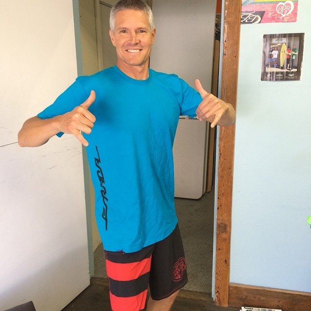 Look who stopped by to get a pair of BBR Megastretch Boardshorts, Mike Estrada.  You can now purchase Estrada Surfboards T's made by BBR. Just go see Mike!  He's the handsome guy wearing his custom T and our boardies.  Thanks as always for your support...