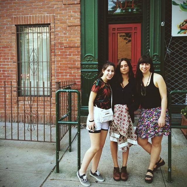 Todo listo para ir a la #houseofvans en Brooklyn con las ganadoras del #classicbuenosaires hoy la rompemos!!!