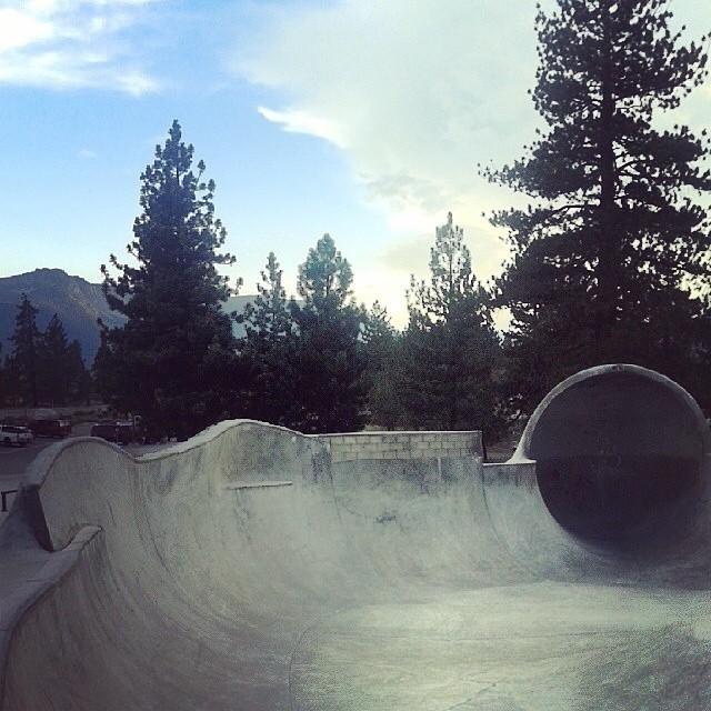 Regram @skreechless #mammoth #skatepark #skateboarding #lipsliderevert potential