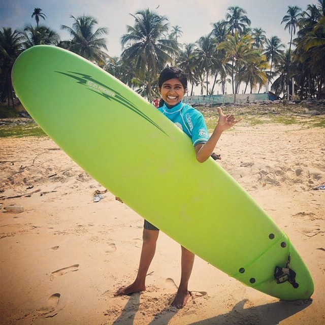 Happiest birthday wishes to one of our #seasisters from @theshakasurfclub! We love you Kirthi! #surfingindia #ingromswetrust #surfergirl @billabongwomens