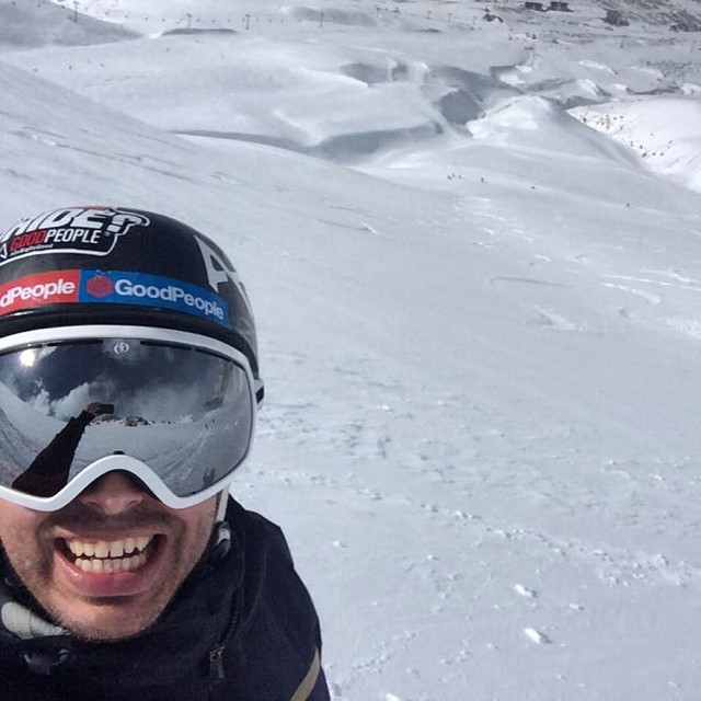 The best kind of #selfie happens right before you do something rad or right after - either way you're gonna have a shit eating grin on // Check out one of our founders @orlandopablo about to get some well earned turns @laslenasnow // Winter is coming...