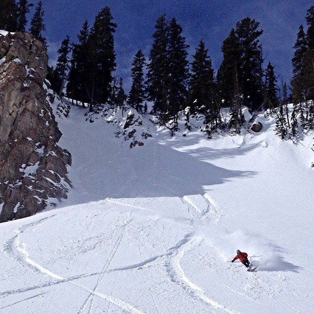 @phatburger9 riding his YLEs to victory last season in @jacksonhole We've got some serious summer time jonesin' going on right now. #riderowned #shapingskiing #yle