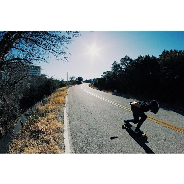 Go to www.longboardgirlscrew.com and check Texan ladies @b3steezy (in the picture) @mechanical_bride @marissaagarcia @superharo @eldazedcondused @rowdymouse and their friend @teds617 during their rad #LadiesTexasSkateWeekend. Go girls! (and Ted) Don K...