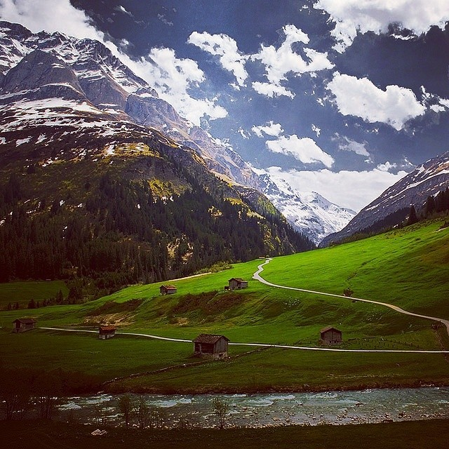 Some serious #Tuesday #mountain #inspo what's your mountain life? #Switzerland #alps #backcountry #biking #boarding #BMX #bouldering #bouldering #climbing #camping #cycling #flyfishing #hiking #kayaking #MountainLife #roadbiking #rockclimbing #skiing...