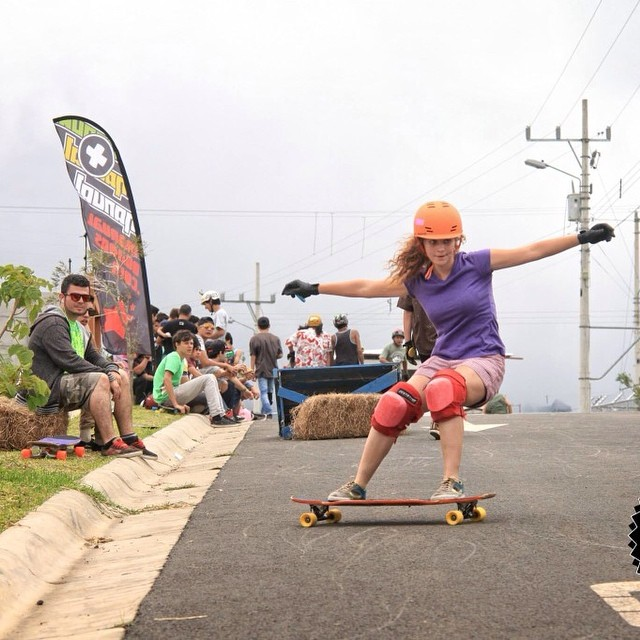 Go to www.longboardgirlscrew.com and check #longboardgirlscrew #CostaRica rider Adri Morales aka Adrilu shredding @wadafocmagazine photo #girlswhoshred