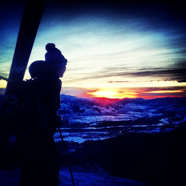 Is the longing for #winter stirring within you yet? Who is ready? #winteriscoming #dawnpatrol #getoutside #liveyouradventure #sunrise #beauty #skiing #snowboarding