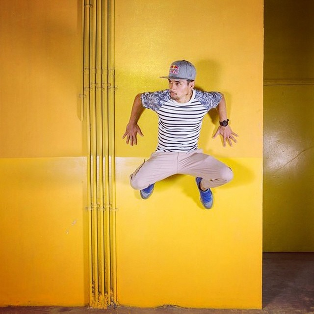 He's fly. He's on the wall. @ronnie_ff #bcone #b-boy