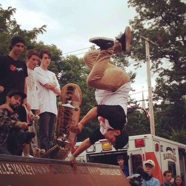 #bustinboards rider @eddie_henriquez landed this one! At #centralmass5 ramp jam #killinit #teambustin #skateeverything