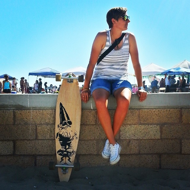 Gnome board maiden voyage in Huntington! #roadrashboardco #longboard #gnome #huntingtonbeach