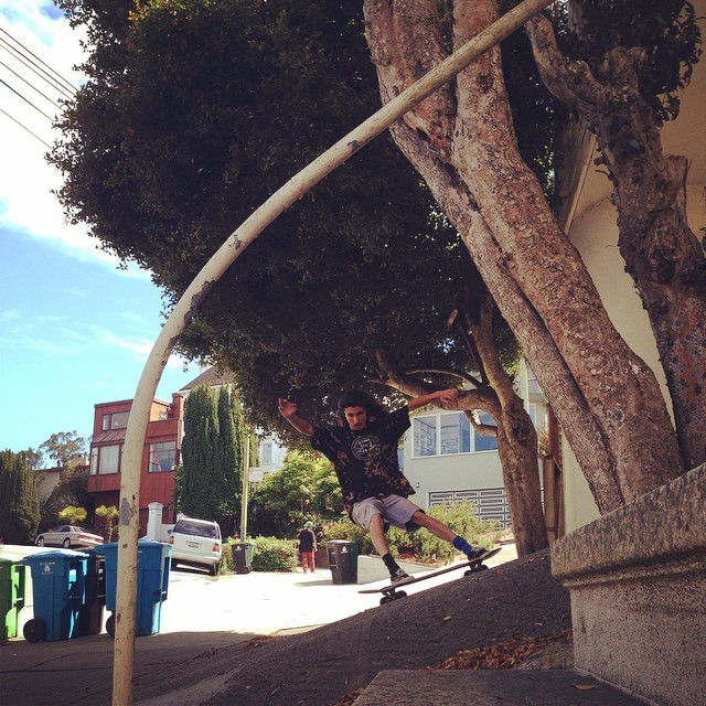@_littlecreek_ surfin driveways of SF on the way home from the #cleanwatertour PC: @bigdave_hsf #calibertrucks