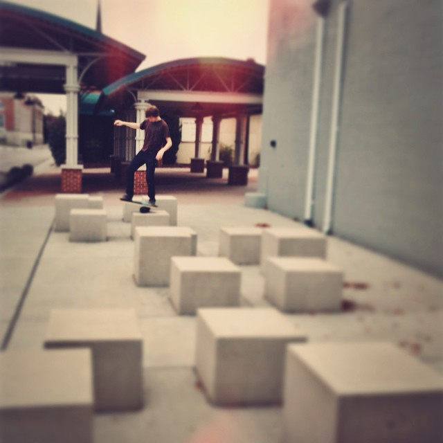 We found these cubes out behind a museum so we had to get our balance on #cube #balanceboard