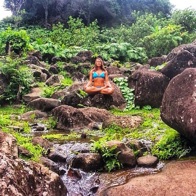 Maui zen master @sehsa sending some Sunday Aloha
