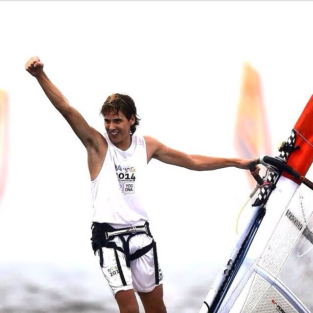 #congratulations to @fransaubited . He is the new gold medallist in the #youtholympicgames . #mafiacreativestudio #team #olympicgames #windsurf #vamolospibes
