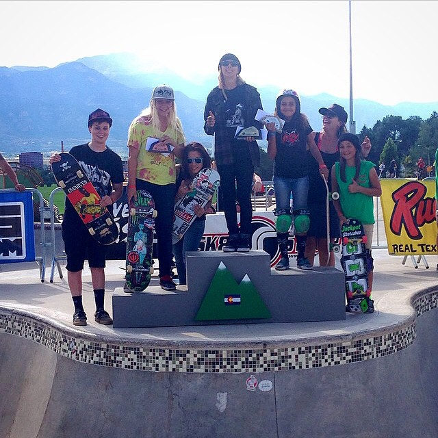 #RockyMountainRampage BBQ Bowl Jam Charity Event top 3 from today: 1. Julz Lynn 2. Spencer Breaux 3. Sarah Thompson  Julz also placed 2nd in the longest grind contest, coming in behind Andy Macdonald!