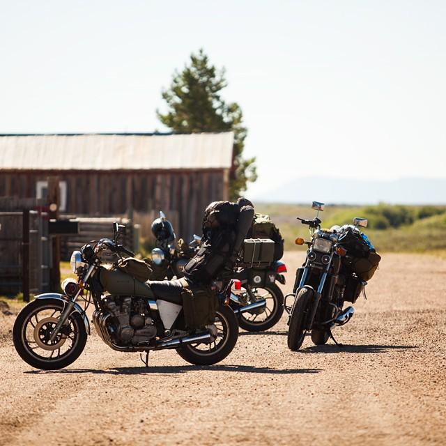 It's Motorbike Monday - take a break and enjoy the photography of @dylanozanich ✌ #motorbikemonday #findingmainstreet