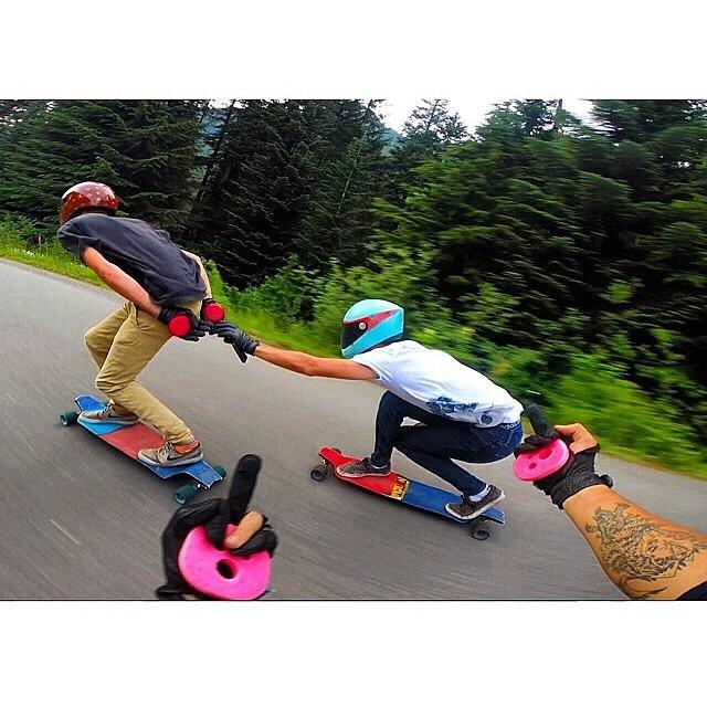 hahahahaha @gsteezy_ !!! Go skate with you friends and #keepitholesom