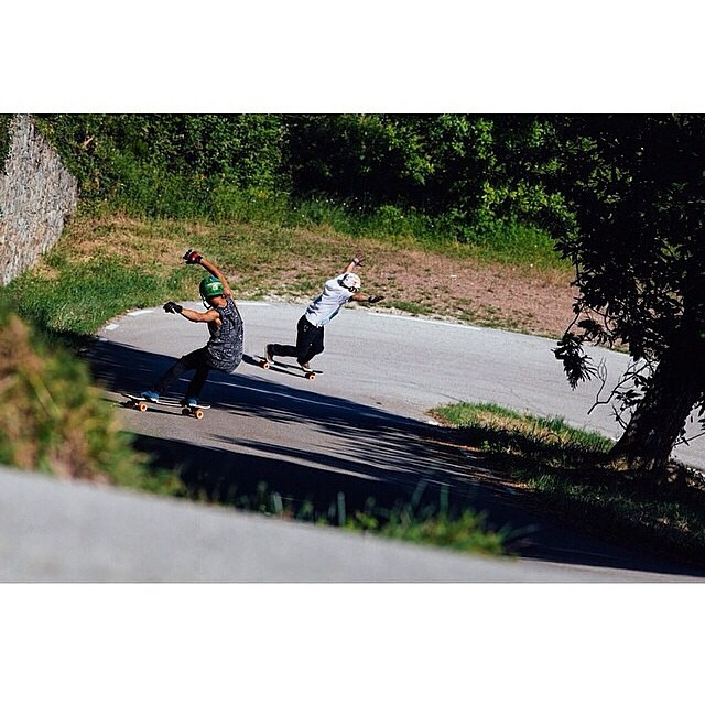 @ethancochard and @danielfissmer surfin' righties deep in Spain! PC: @christianrosillo #calibertrucks