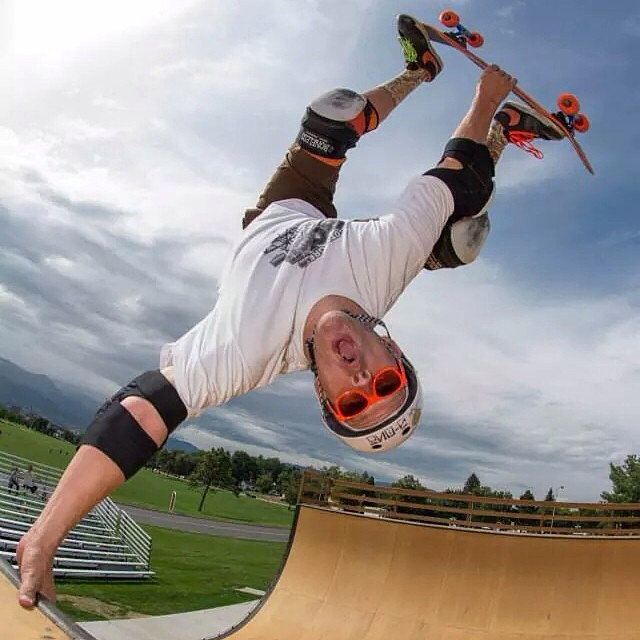 @pfurnee photo by Tony Goza . Regram @speedlabwheels #acetrucks #cockfightskateboards #skateboarding #s1helmets