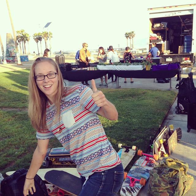 @fillbackside filming fun for foreign fancies in the California sun... #calibertrucks #stackinkoreaclips