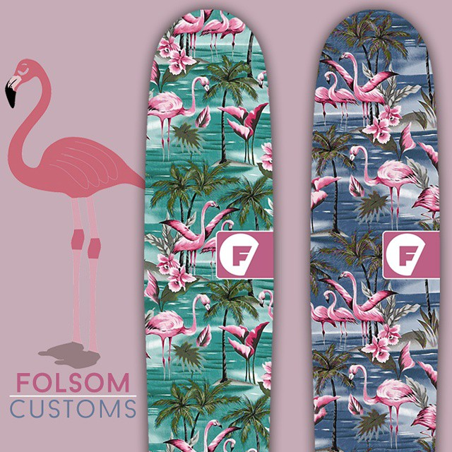 These flamingos are ready to PARTY this weekend. #flamingoparty #flamingoweekend