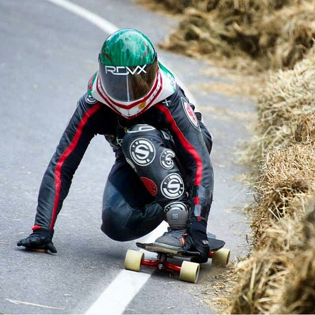 Congrats to @emilylongboards for taking the win today racing #AcmeDH ! Boom!!!! Watch out for this girl, she is on fire