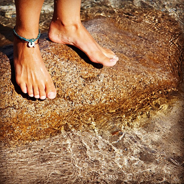 @yoga_girl #yogagirlchallenge NATURE! Soak your feet In the earth. Feel the sand between your toes. Reconnect with Mother Nature and give back! Because all good things in this world are wild and free!