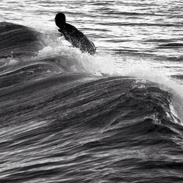Flashback to March. South Shore. #coldwatersurf #newengland
