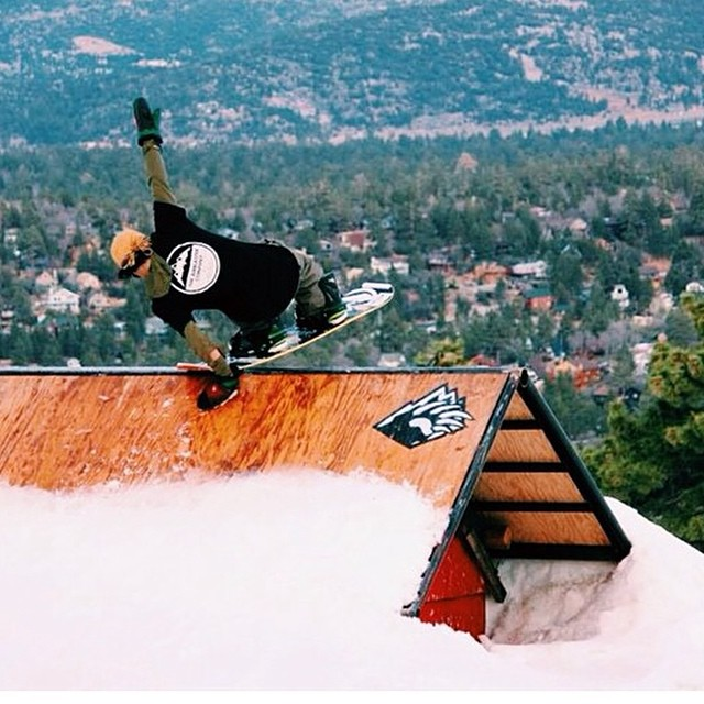 #regram from @jupiterpeople another style shot of @erikleon_ at @bear_mountain #fluxbindings