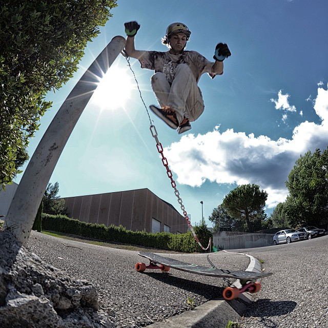 @laurent_perigault hippy jump #Tesseract