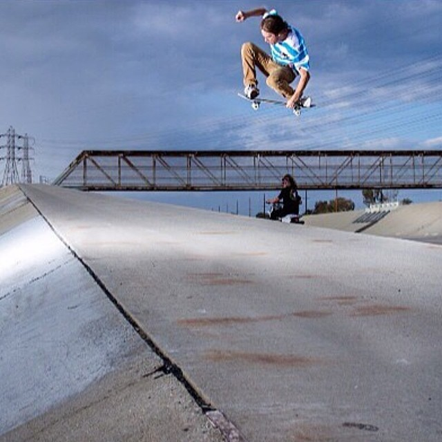 @nickpalmquist hucking a tucky over bridges and heads. Keep an eye out for big things to come from nick soon!