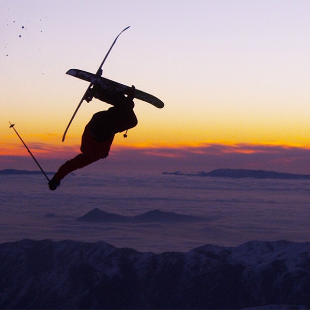 DPS Koala @zackgiffin brought the powder with him to #Chile, our snow charm if you will, and then rode off into the sunset. @valle_nevado @vnheliski #dpsskis #skiing #sunset #powder