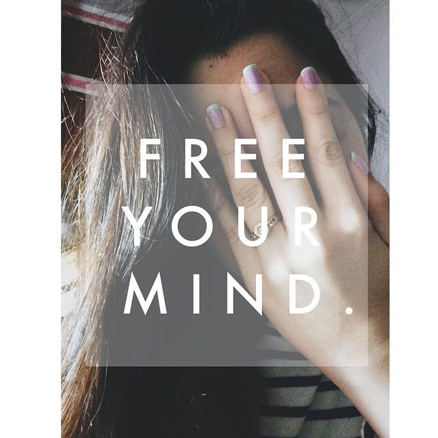 #freeyourmind #ootd #apple #iphone #artnails #nails