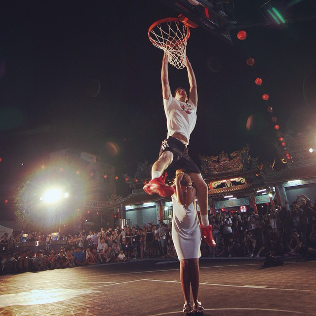 Just mind the face. #kingoftherock leaps into action in Thailand. #basketball #benasbagdonavicius