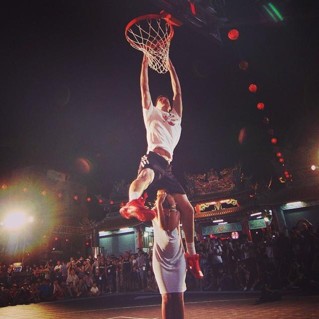 Just mind the face. #kingoftherock leaps into action in #taiwan. #basketball #benasbagdonavicius