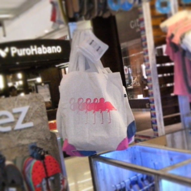 Ya estamos en el tortugas open Mall, junto a otras marcas tan cool como nosotros!  #siento is coming! #summer is coming!